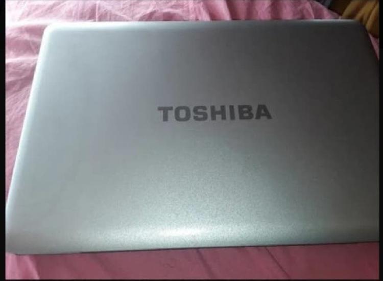 Toshiba l500 win10 ram 4gb disco 500gb pantalla 15