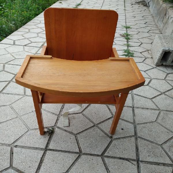 Trona madera
