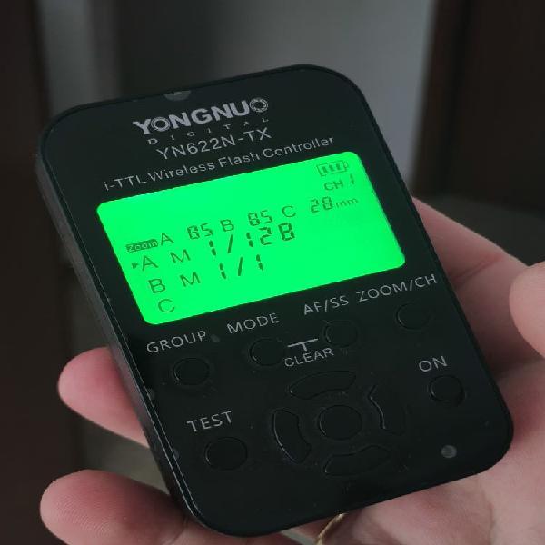 X3 flashes yongnuo yn685 + disparador yn622n-tx