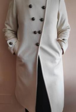 Abrigo largo de paño blanco sinequanone