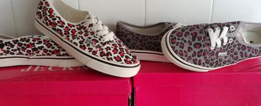 Dos pares de zapatillas nuevas,numero 38