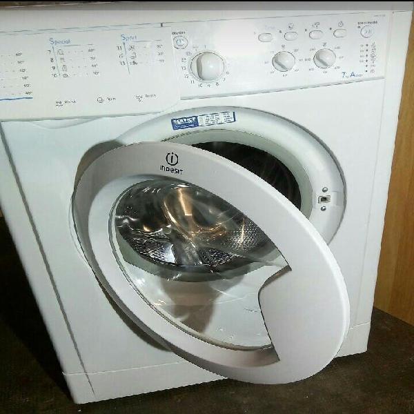 Lavadora por 100€ si te interesa ablamos