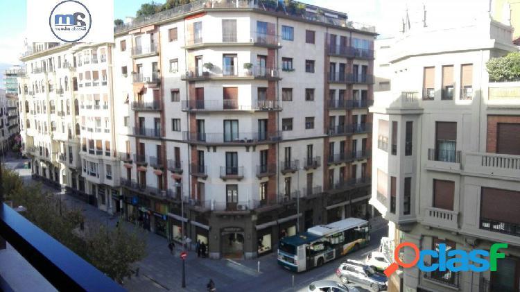 Estupendo piso en alquiler en el centro de Pamplona 1