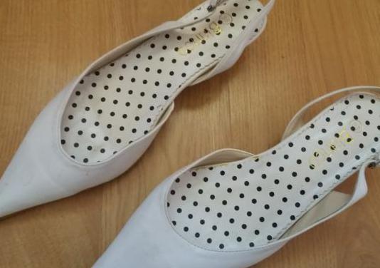 Zapatos de blanco 38