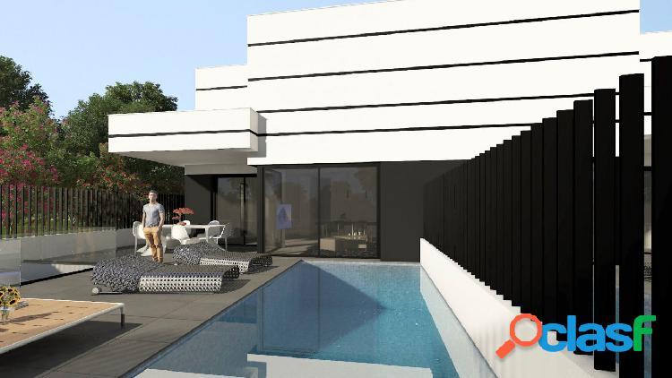 Chalet con piscina privada y gran parcela en Dolores 1