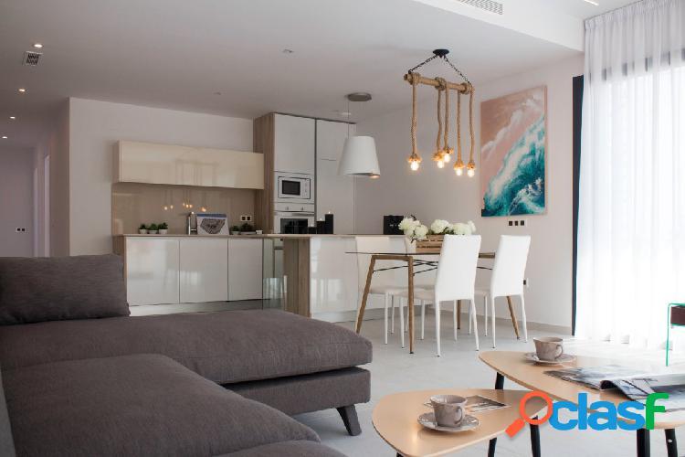 Villa 3 dormitorios con estupendas vistas al mar y a la Laguna de Torrevieja 1