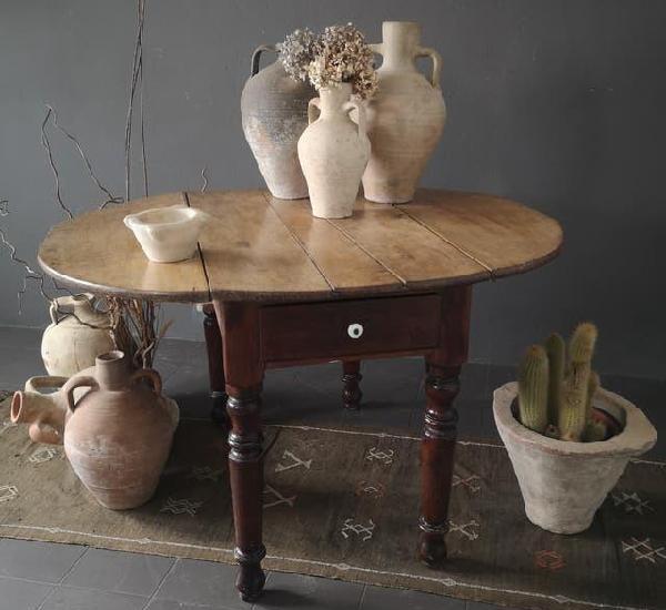 Antigua mesa de alas plegables en madera de encina con 2