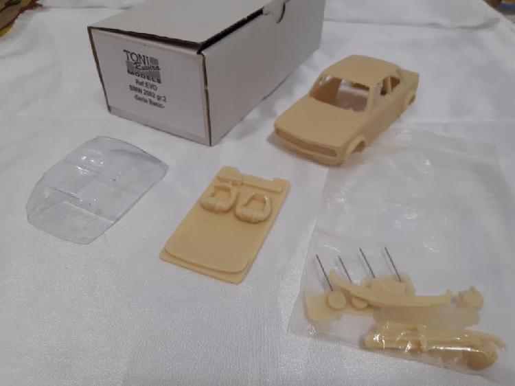 Kit resina bmw 2002 escala 1/32