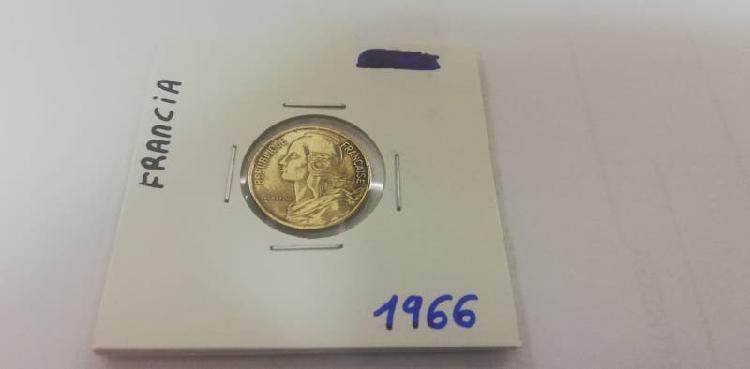 Moneda 5 cent. franco (año 1966)