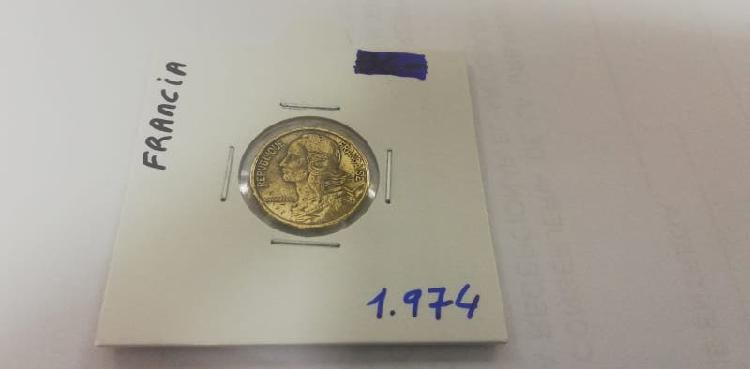 Moneda 5 cent. franco (año 1974)