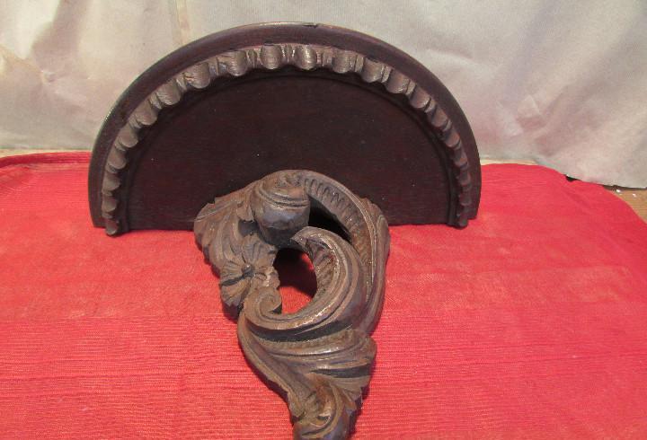 Peana ménsula grande antigua madera de castaño. tallada