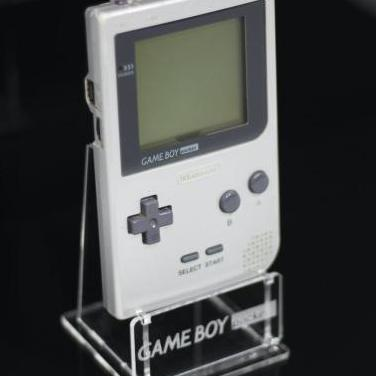 Estand para game boy pocket