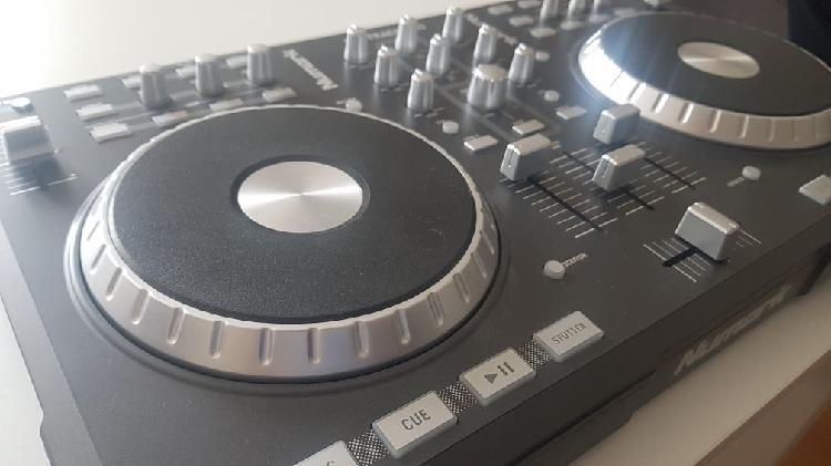 Dj controlador numark mixtrack pro mesa de mezclas