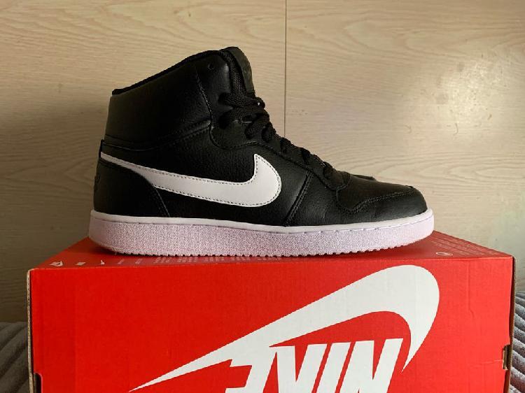 Nike ebernon mid nuevas originales