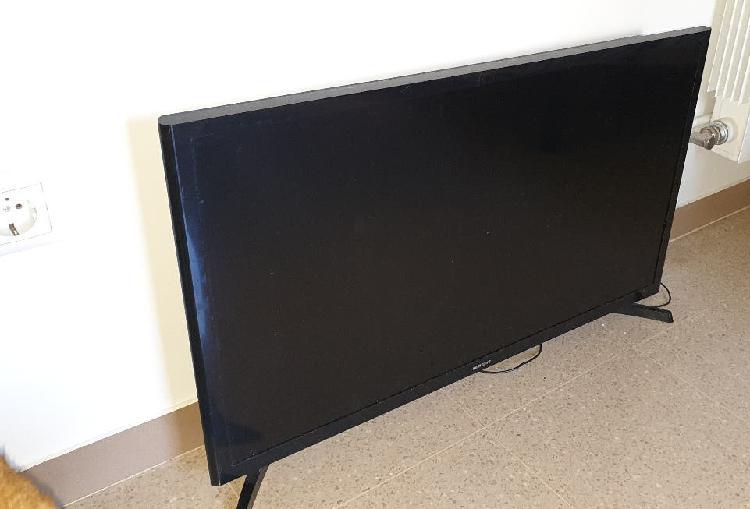 Televisor led 32 samsung hd ue32j4000