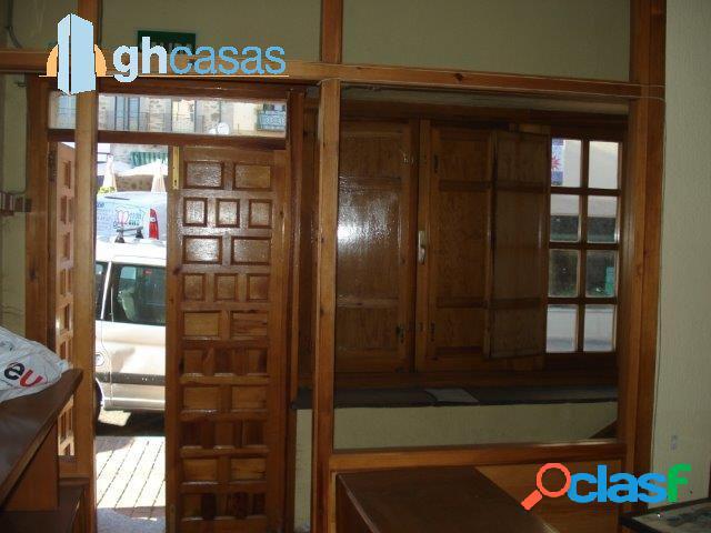 Local comercial en venta y alquiler en Miraflores de la Sierra. Madrid