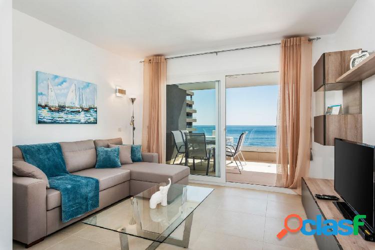 Apartamento de lujo en primera línea de mar en punta prima, torrevieja