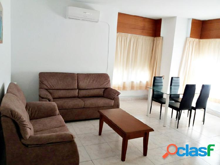 Apartamento amueblado, zona plaza de italia con garaje.