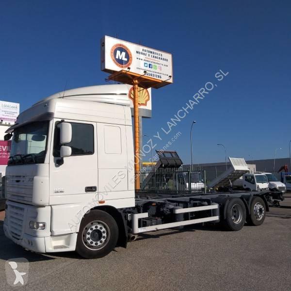 Camión daf portacontenedores xf105 105.460 6x2 diesel euro