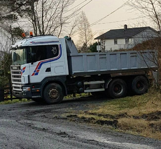 Scania 2000 6x2 dump tripper truck caterpillar volvo en