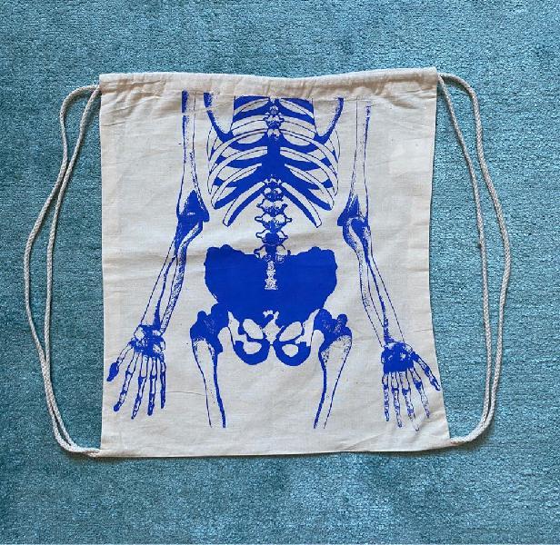 Bolsa tipo mochila - nueva y original