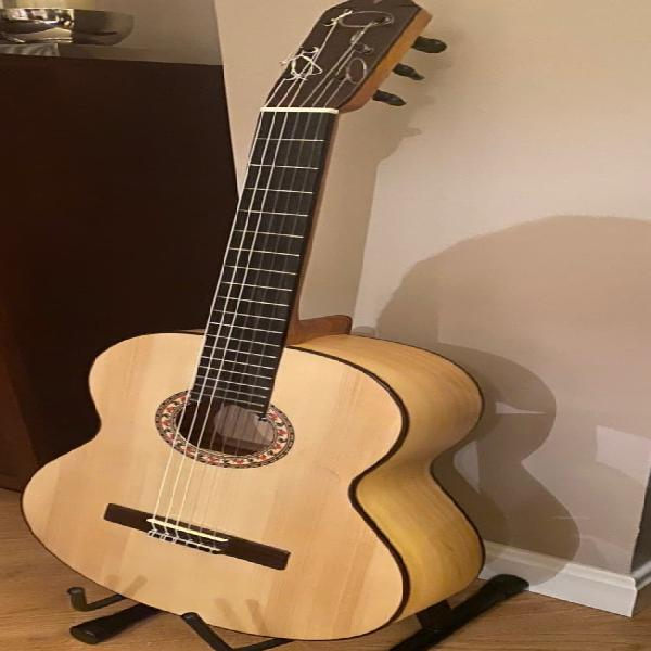Guitarra flamenca artesana ciprés