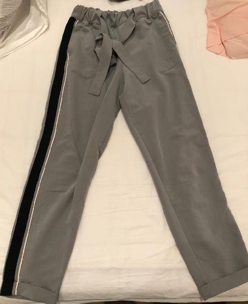 Pantalón chino banda lateral