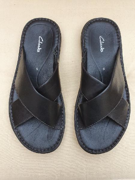 Zapatos de verano, chanclas, negras de piel