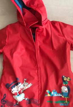 Impermeable rojo de tuc tuc para niña
