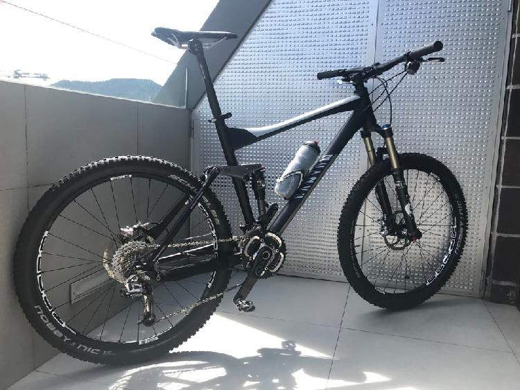 Mountain bike canyon nerve xc 9.0