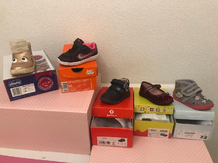Zapatos bebé talla 22