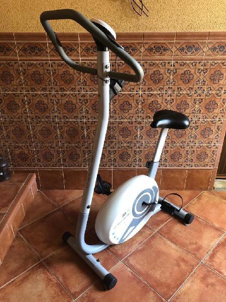 Bicicleta estática magnética muy nueva