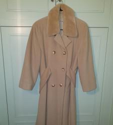 Abrigo de vestir de paño color beige talla 44