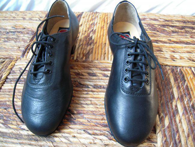 Zapatos de baile latino de piel para chico