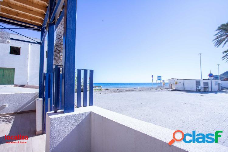 Restaurante primera linea de playa - las negras (parque natural cabo de gata)