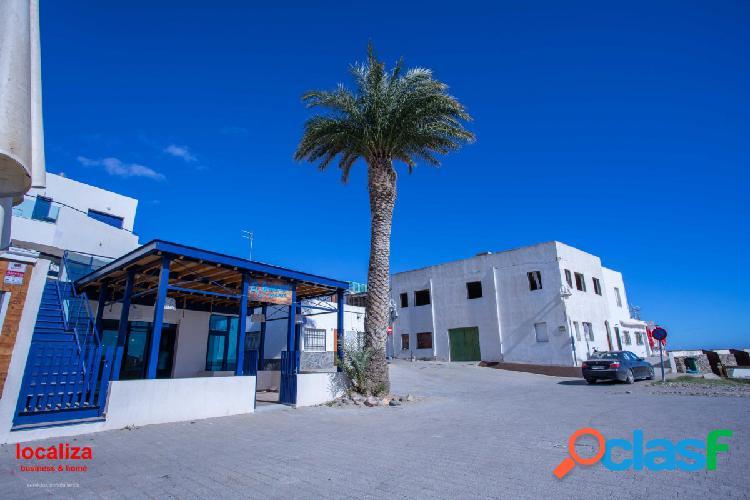 Restaurante primera linea de playa - las negras (parque natural cabo de gata) 1