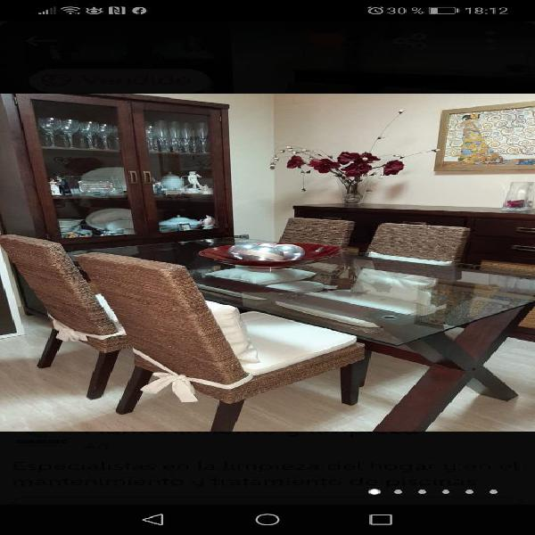 Conjunto de mueble de madera maciza