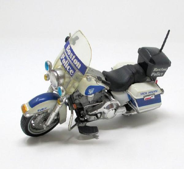 Moto harley davidson policía boston operaciones especiales