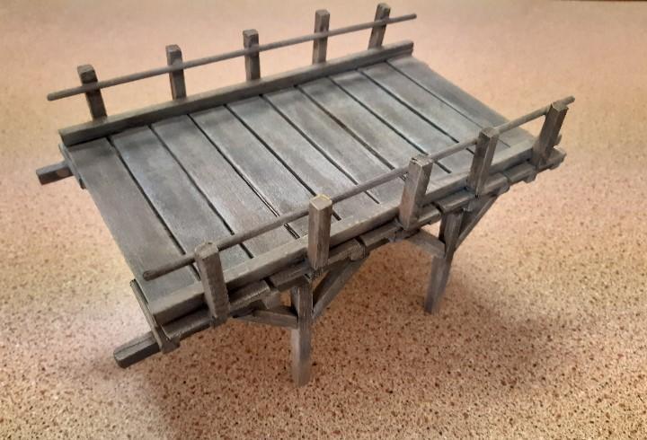 Seccion de puente de madera 1/35 para dioramas. acabado