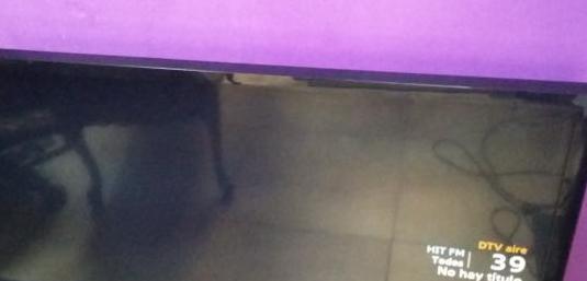 Television samsung led 32 pulgadas mando