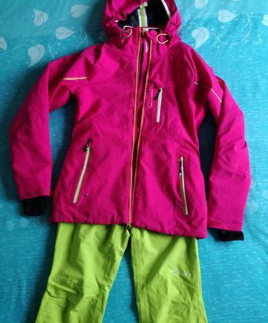 Traje de esquí nuevo p/ chica t. 34-36 /140-150