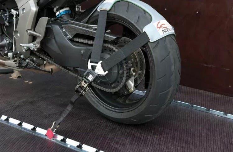 Acebikes tyre fix tyrefix sujeción moto remolque