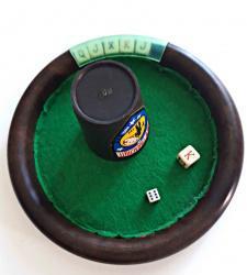 Juego de dados para poker.