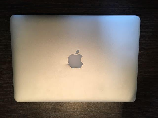 Macbook pro retina 2015 pantalla rota roto envio !
