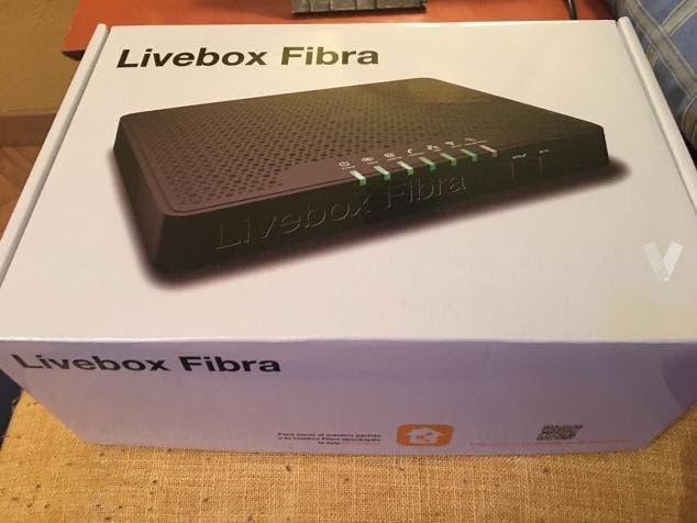 Router livebox fibra nuevo a estrenar con caja