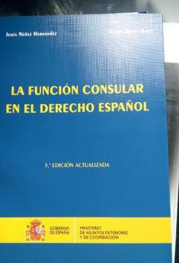 Función consular en derecho español