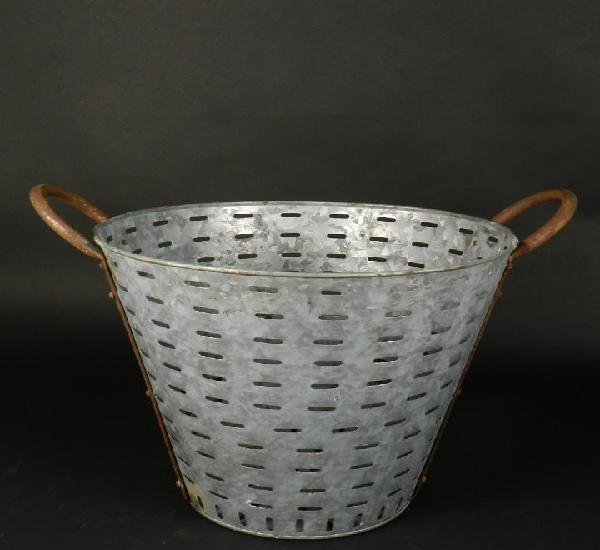 Cubo de zinc para lavar olivas