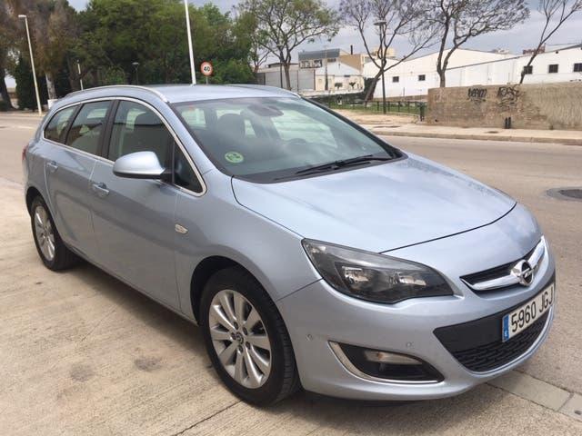 Opel astra sport tourer diesel