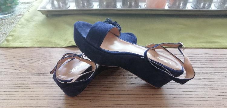 Sandalias de cuña en ante azul