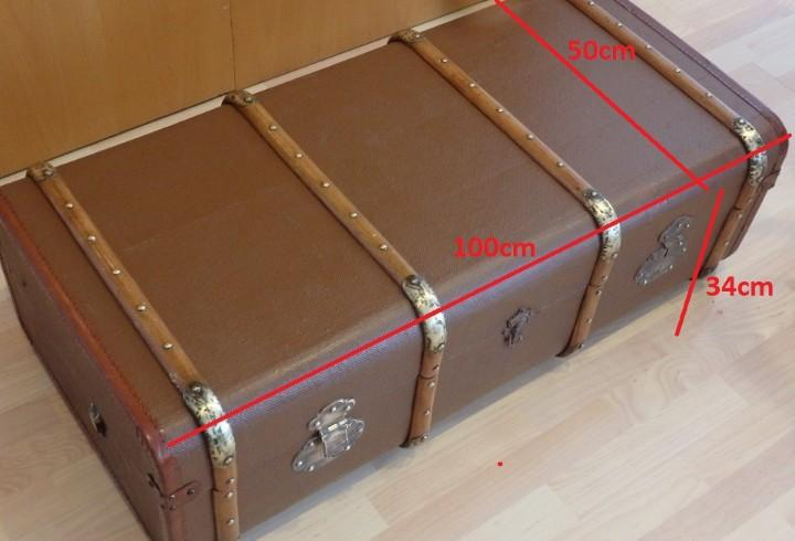 Baul, cofre, arcon,maleta o valija antigua de viaje